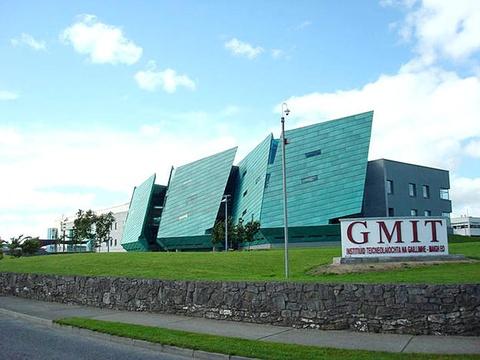 Cơ hội nhận học bổng 30% từ học viện công nghệ lớn Ireland