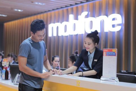 MobiFone tro gia iPhone 2018 khi mua kem goi cuoc hinh anh