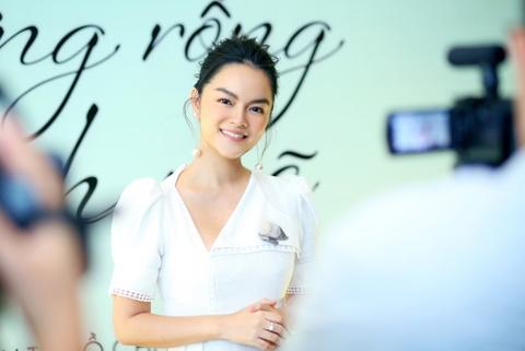 Pham Quynh Anh ra MV 'Cay xuong rong manh me' danh tang con gai hinh anh