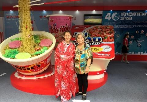 Acecook Việt Nam giới thiệu gian hàng trưng bày tại Buôn Ma Thuột