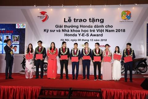 Honda tặng học bổng 30.000 USD cho kỹ sư, nhà khoa học trẻ Việt Nam