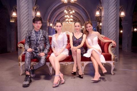 Di Bang thang than nhac nho Adrian Anh Tuan trong 'Chinh phuc hoan my' hinh anh