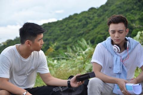 Soobin Hoang Son tai ngo Cuong Seven trong phim ca nhac 'Yolo' hinh anh