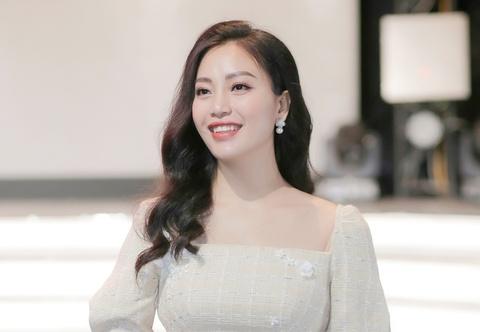 Sao Mai Huyen Trang: 'Da co luc toi bi stress muon bo hat' hinh anh