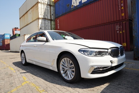 BMW Series 5 the he moi cap cang TP.HCM hinh anh