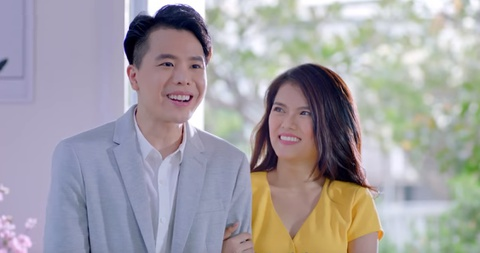 Trinh Thang Binh tung tuyet chieu ra mat gia dinh ban gai dip Tet hinh anh