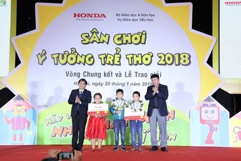 Honda Viet Nam trao giai 'San choi y tuong tre tho' lan thu 11 hinh anh