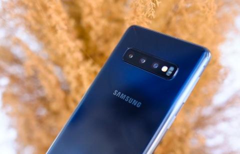 Chi tiet Galaxy S10 va S10+ sap len ke: Camera va man hinh xuat sac hinh anh 4