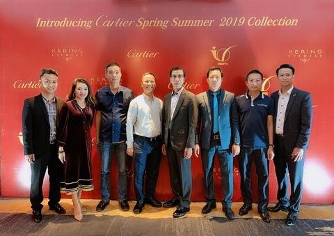 BST kinh Cartier 2019 - tuoi tre, phong khoang so voi tuoi 122 hinh anh 13