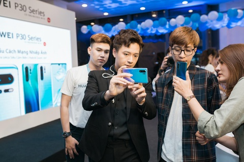 'Huawei P30 Pro la smartphone rat dang de trai nghiem' hinh anh 1