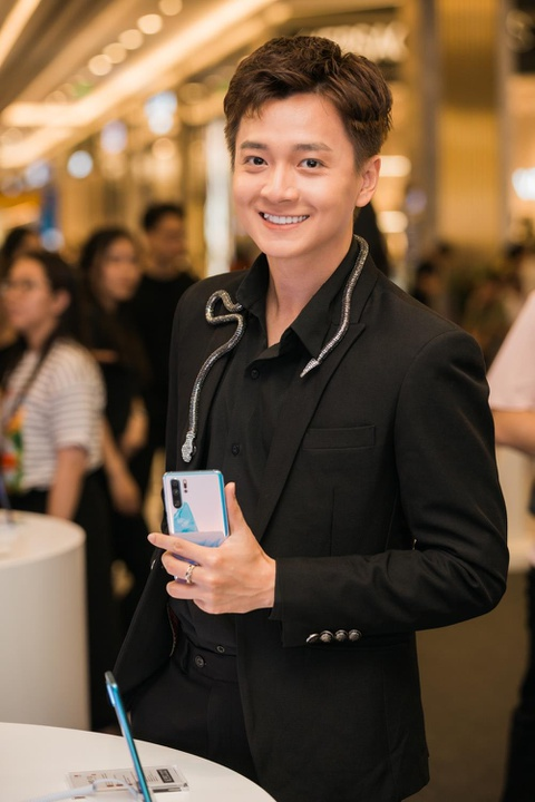 'Huawei P30 Pro la smartphone rat dang de trai nghiem' hinh anh 4