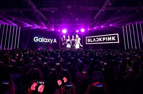 BlackPink khoe vu dao goi cam tai su kien ra mat toan cau Galaxy A80 hinh anh 5