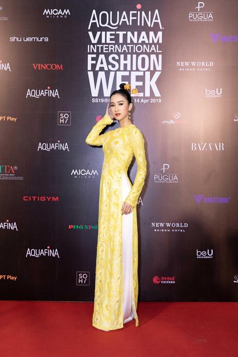 Phuong Trinh Jolie, Thuy Nga ho bao tren tham do Aquafina VIFW ngay 3 hinh anh 15