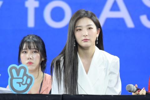 Red Velvet: 'Chung toi chinh la mon qua cho khan gia Viet Nam' hinh anh 4