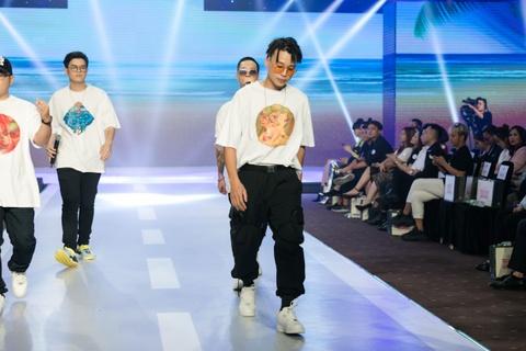 Fashion show 'Take my hand' an tuong nho thong diep bao ve moi truong hinh anh 7