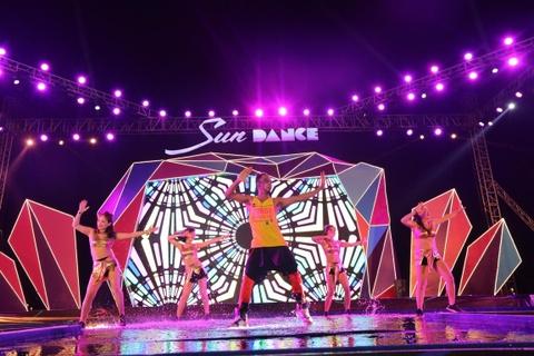 Sun Dance Festival hut hang nghin du khach trong lan dau den Ha Long hinh anh 5