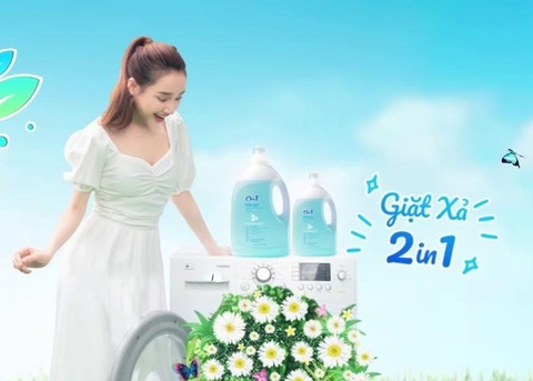 Nuoc giat '2 in 1' - lua chon thong thai cho chi em noi tro hinh anh