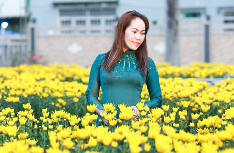 Chon trang phuc du xuan tai Ao dai Mau Mau hinh anh
