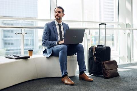 Laptop Asus Expertbook B9400 mong nhe cho doanh nhan hinh anh