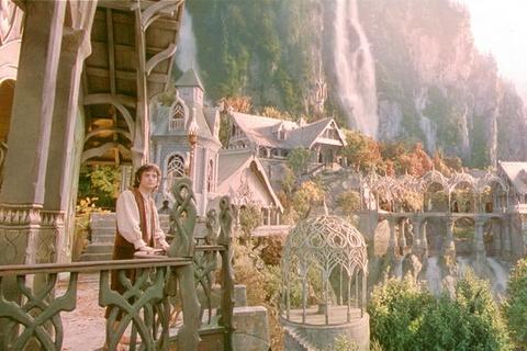 Howard Shore - 'Concerning Hobbits (The Shire)' hinh anh