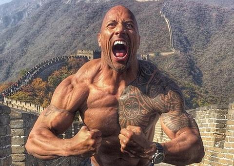 The Rock thuc hien phien ban moi cua 'Cuoc chien pho Hoa' hinh anh