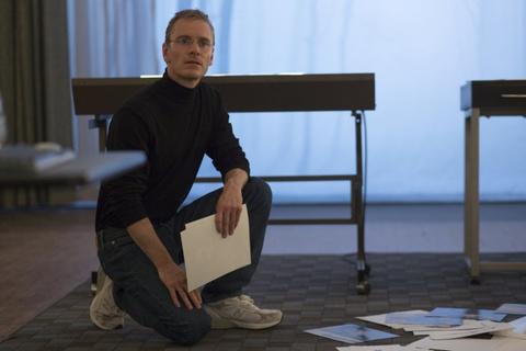 'Steve Jobs' - Nhung goc 'con nguoi' ben trong mot vi nhan hinh anh