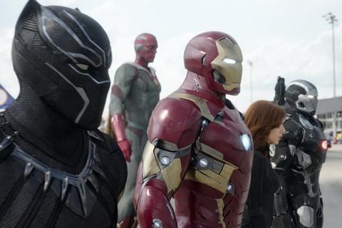 'Captain America: Civil War' can moc doanh thu 700 trieu USD hinh anh