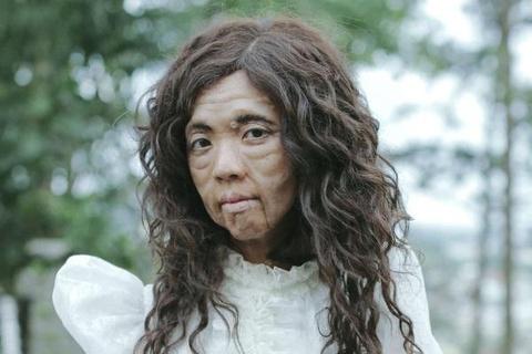Thu Trang khong dam soi guong khi dong phim cung Hoai Linh hinh anh