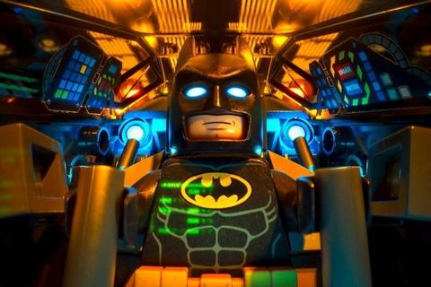 Phim hoat hinh 'Lego Batman' danh bai '50 sac thai: Den' hinh anh