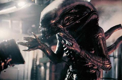 Hanh trinh khat mau cua quai vat Xenomorph trong loat 'Alien' hinh anh 3