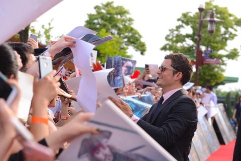 Fan Trung Quoc phat cuong khi Johnny Depp va Orlando Bloom xuat hien hinh anh 5