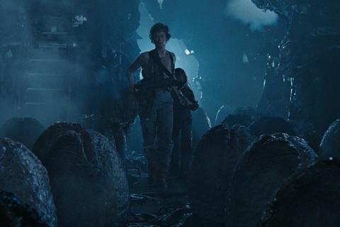 Cac hinh thuc tien hoa ghe ron cua quai vat trong 'Alien' hinh anh 1