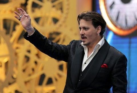 Johnny Depp sam vai nguoi sang tao phan mem diet virus McAfee hinh anh