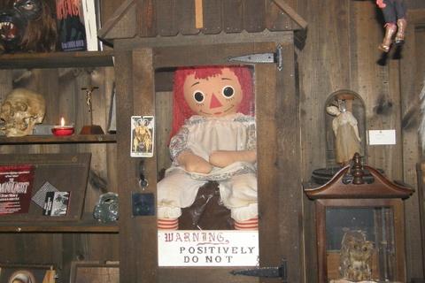 Nhung chi tiet thu vi trong 'Annabelle 2: Tao vat quy du' hinh anh 7