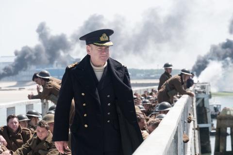 Nguoi Trung Quoc trach gian quan doi Anh trong bom tan 'Dunkirk' hinh anh