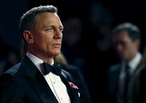 Universal gianh quyen phat hanh quoc te tap '007' tiep theo hinh anh