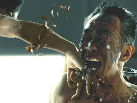 'Ong bac sieu nhan': Phim chuyen the truyen tranh hap dan va y nghia hinh anh 4