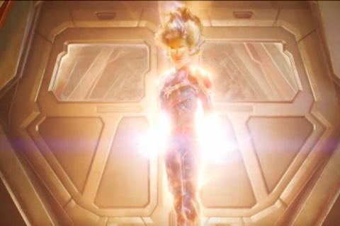 Trailer moi bo phim 'Captain Marvel' hinh anh