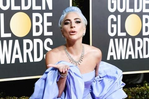 Fan Lady Gaga gian du khi than tuong thua giai dien xuat Qua cau vang hinh anh