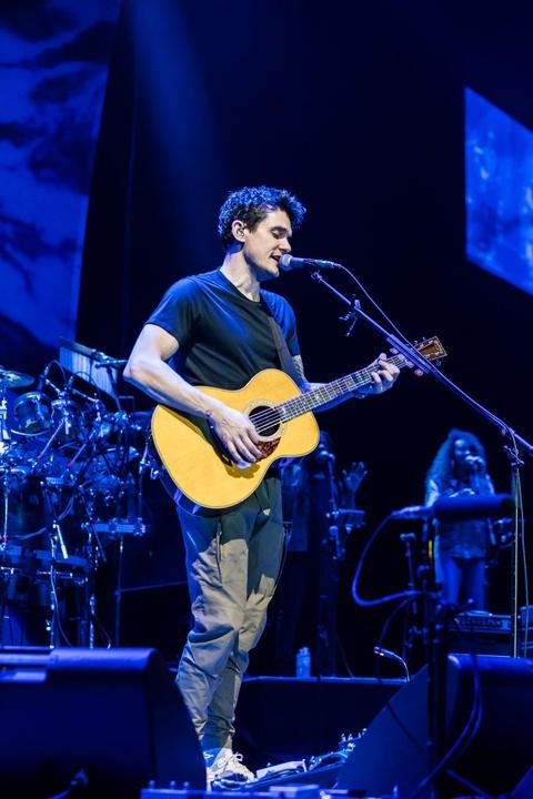 John Mayer khien hang nghin trai tim lang di trong thang hoa o Bangkok hinh anh 1