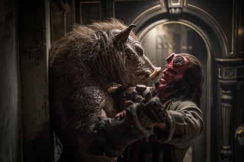 'Hellboy' (2019) - bao luc va dam mau nhung noi dung nham chan hinh anh 3