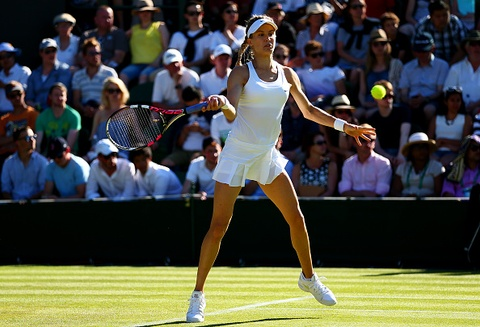 Vong 1 Wimbledon 2015: Bouchard 0-2 Ying-Ying hinh anh