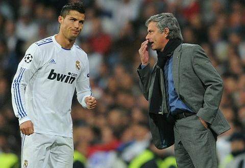 Mourinho: 'Hazard xuat sac hon Ronaldo' hinh anh