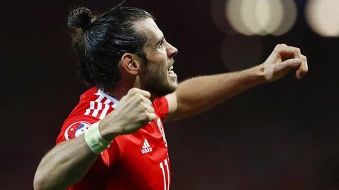 Bale toa sang, Xu Wales vuot Anh len dau bang hinh anh