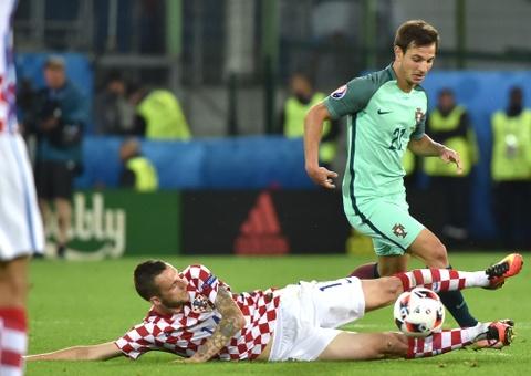 Cham diem Croatia vs BDN: Phut thang hoa bat chot cua CR7 hinh anh 14