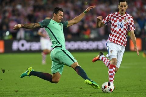 Cham diem Croatia vs BDN: Phut thang hoa bat chot cua CR7 hinh anh 16