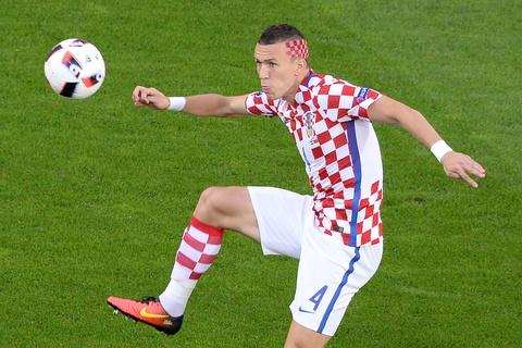 Cham diem Croatia vs BDN: Phut thang hoa bat chot cua CR7 hinh anh 8