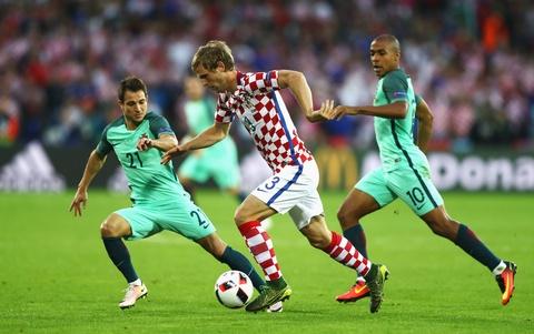 Cham diem Croatia vs BDN: Phut thang hoa bat chot cua CR7 hinh anh 3