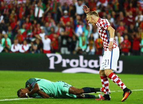 Cham diem Croatia vs BDN: Phut thang hoa bat chot cua CR7 hinh anh 4