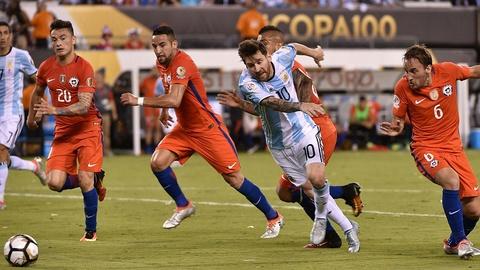 Messi oa khoc, tuyen Argentina cui dau hinh anh 9
